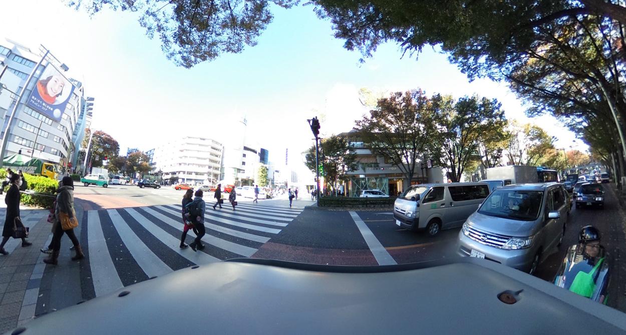 神宮前交差点の写真