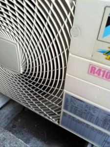 エアコンの室外機の音がうるさい